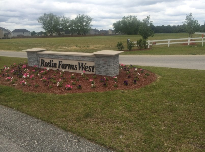 Commercial Real Estate Signage landscaping