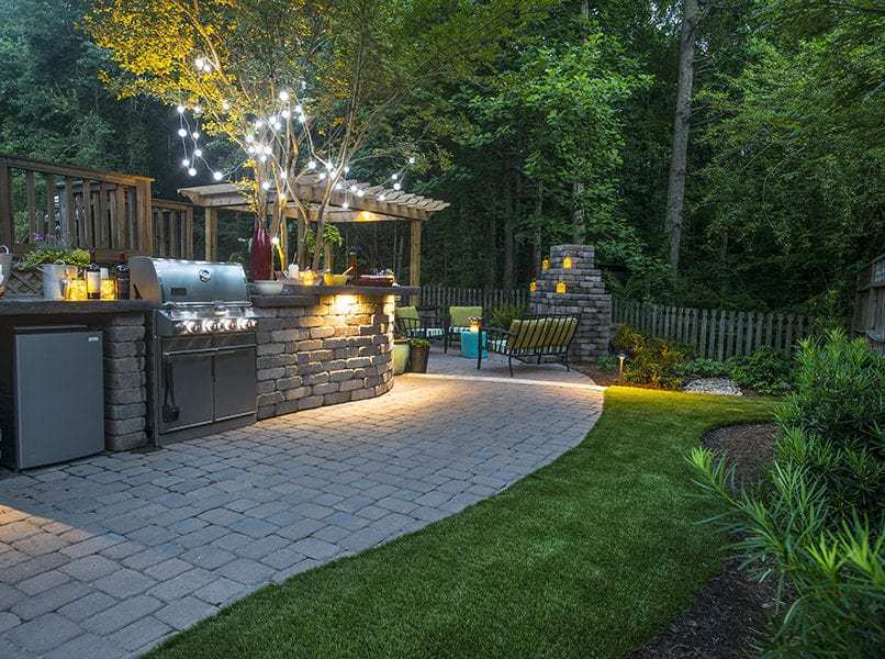 outdoor kitchen and patio exterior lighting