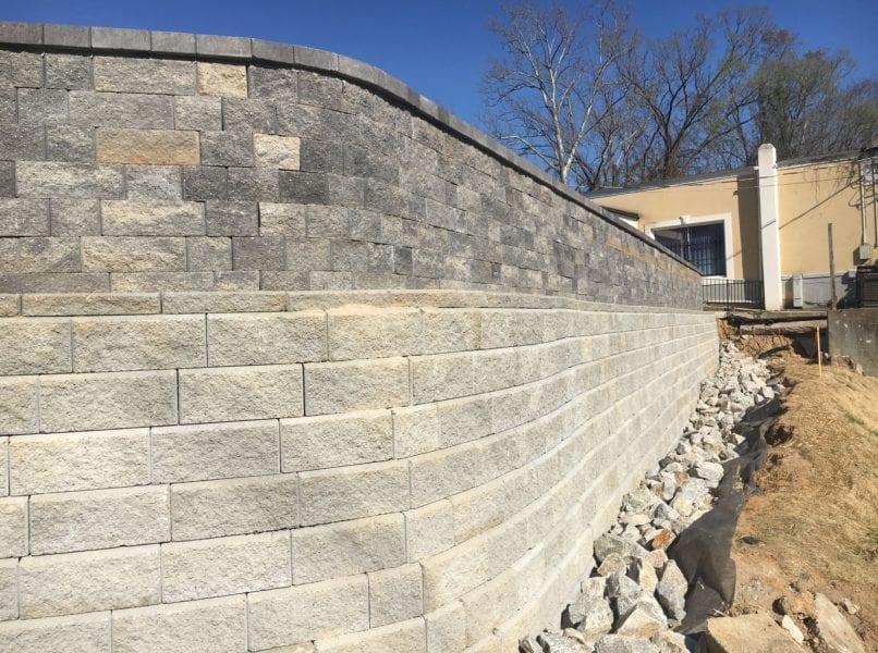 retaining wall hardscape