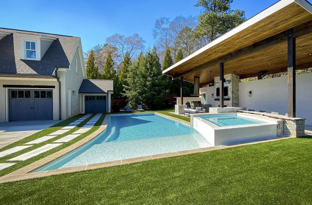 Synthetic Turf Elevates Your Pool Experience